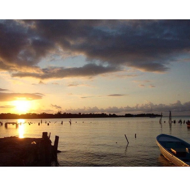 placencia belize sunrise