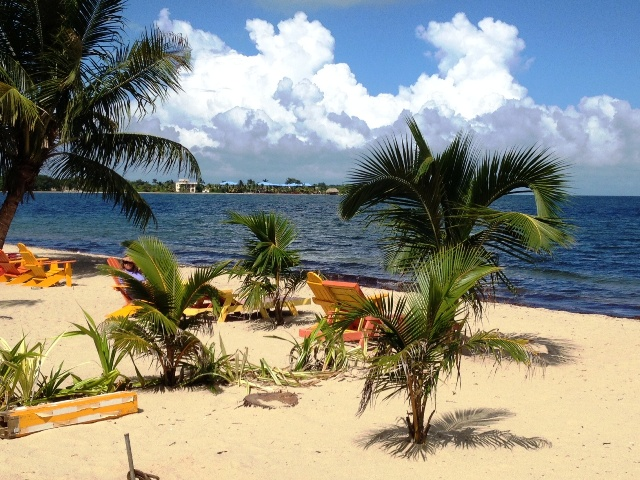 Placencia beach 650 with Chabil Mar Resort Belize