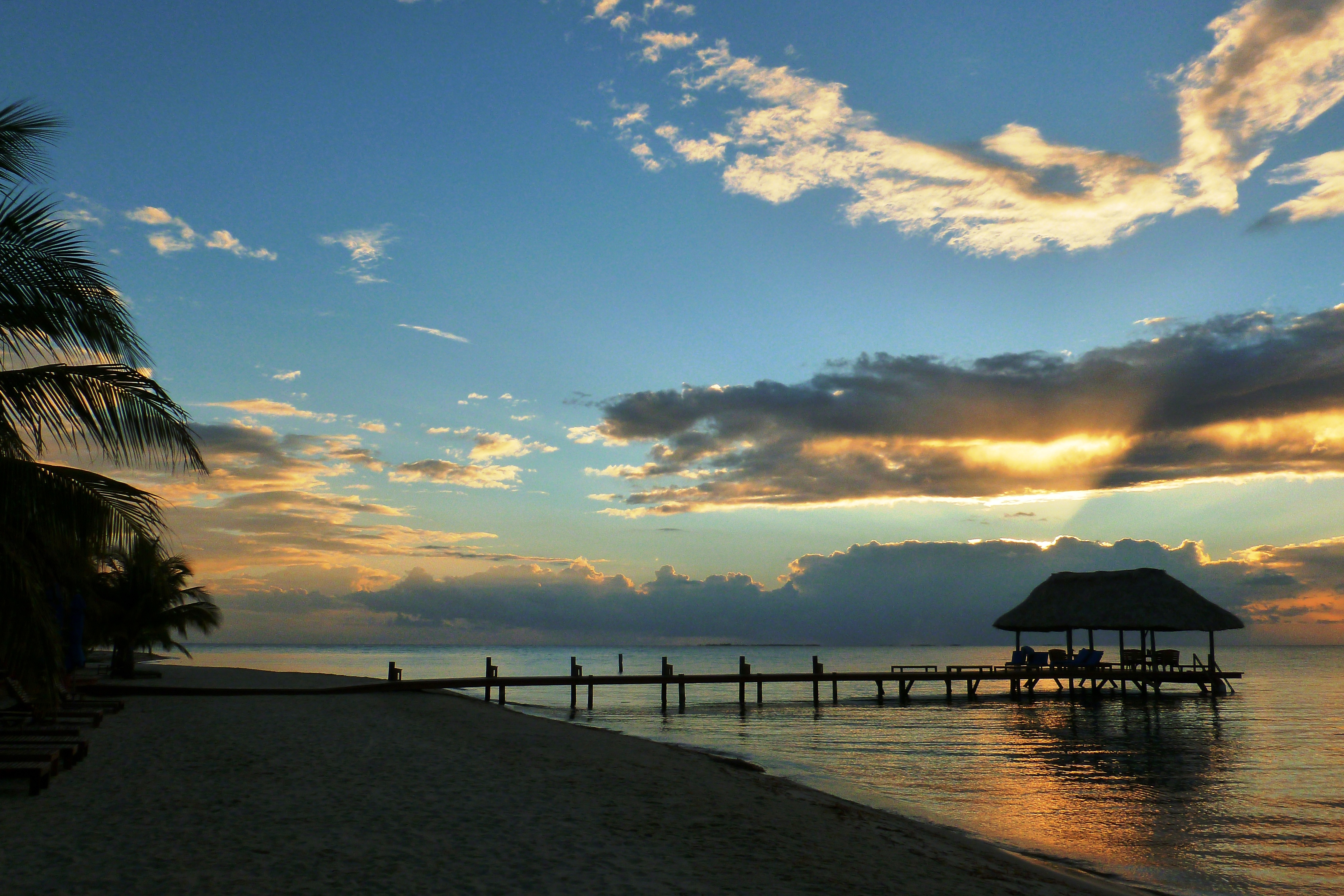 where to travel for summer vacation in belize