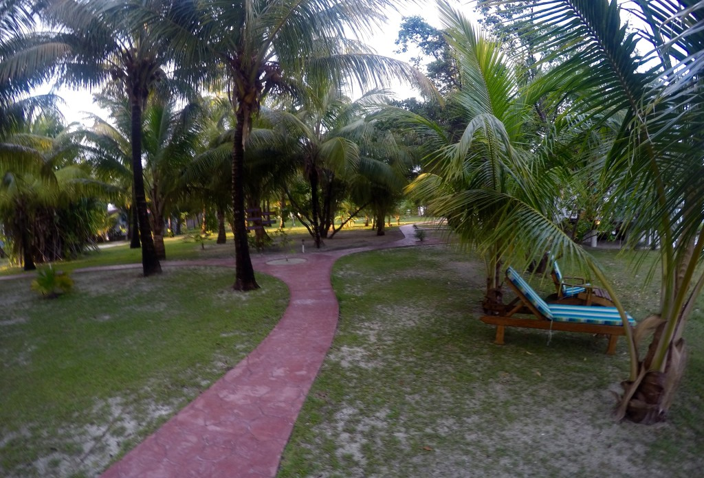 HATCHET CAYE GROUNDS