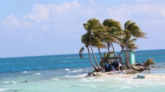 Silk Caye on High Tide - A Chabil Mar Sailing Day!