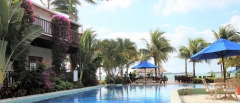 Pool-to-Beach-2-Chabil-Mar-Resort-Belize