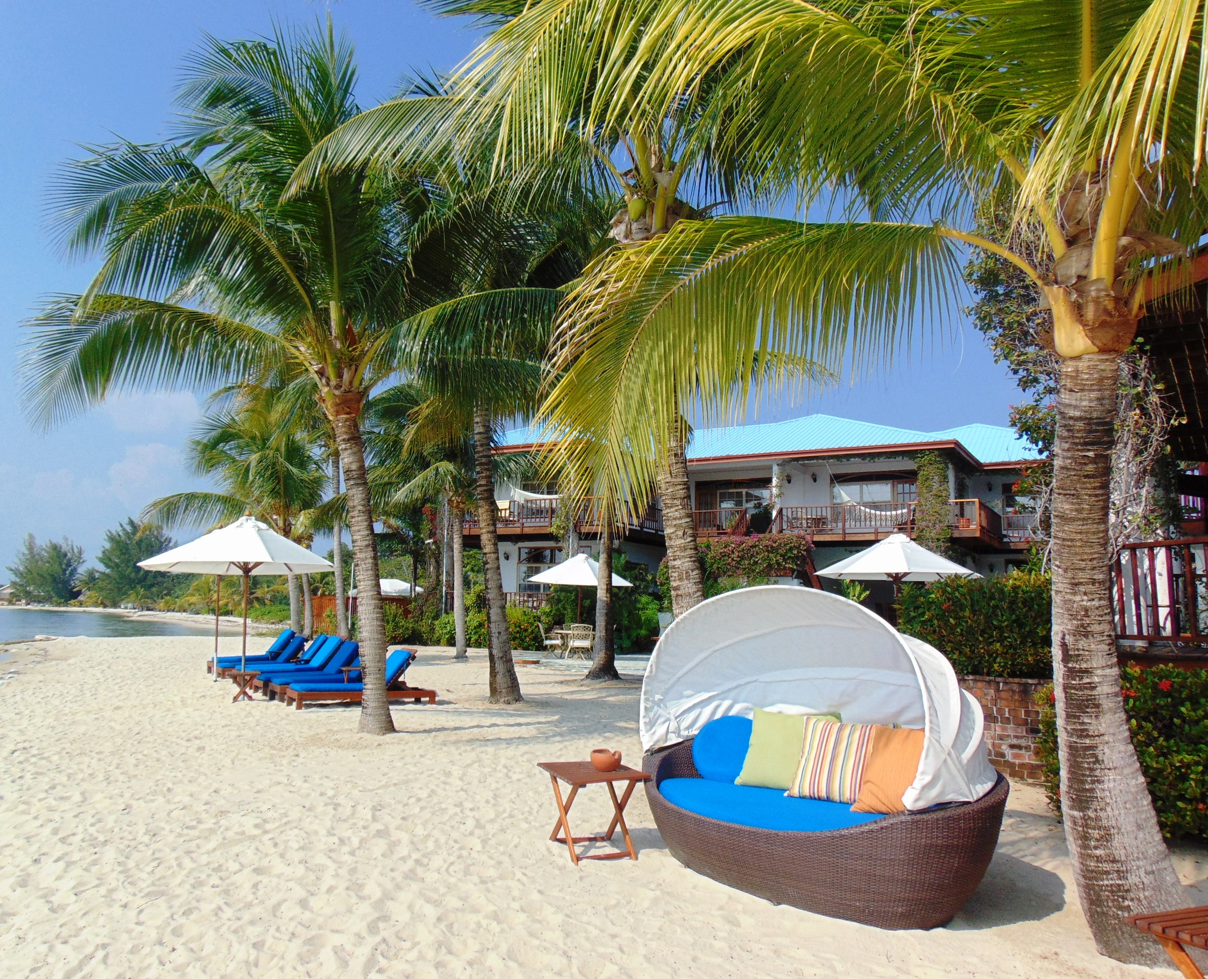 Vacation Home Rental Services and Amenities in Belize